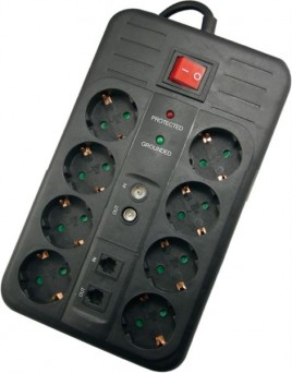 Surge Protector Naviatec 8 out